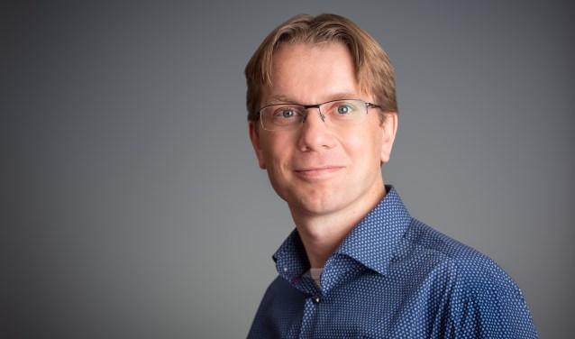 Professor Bram Büscher spreekt op zondag 14 januari in de bblthk over natuurbehoud, politiek en economie.