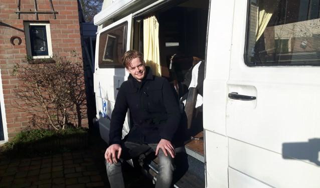 """Jim van der Zee uit Driebergen gooit hoge ogen bij The Voice of Holland. Aanstaande vrijdag treedt hij weer op bij RTL4 vanaf 20.30 uur. """"Stem op mij!"""" FOTO: Marcel Bos"""