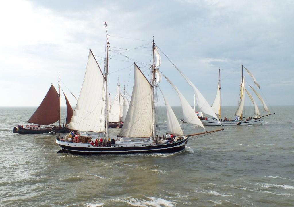 Prachtige zeilboten op de Waddenzee. Foto: Hans Tamerus © Persgroep
