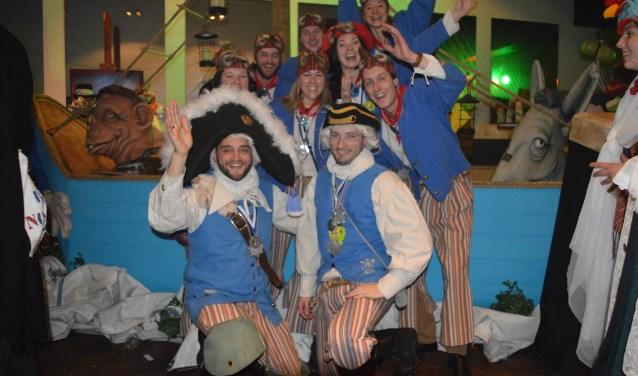 De bemanning van de Blauwe Schuyt, zondagmiddag bij de opening van de expositie in Den Enghel.