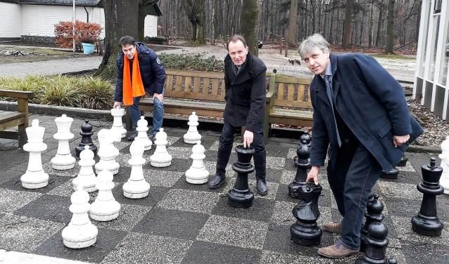 Fractieleden van de SGP namen een kijkje bij bedrijven in Elspeet. Ook werd een bezoek gebracht aan camping De Meulebarg.
