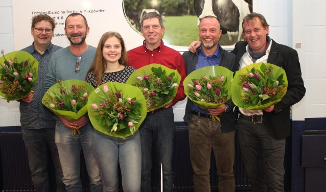 V.l.n.r. Richard Otten, George Oudt, Ellen Mogezomp, Gert Mogezomp, Erk Ernst en Jeroen Hoffman.