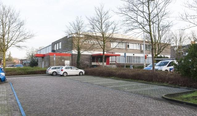 De sporthal wordt gesloopt en de locatie krijgt een nieuwe invulling. (foto: Johan Mulder)