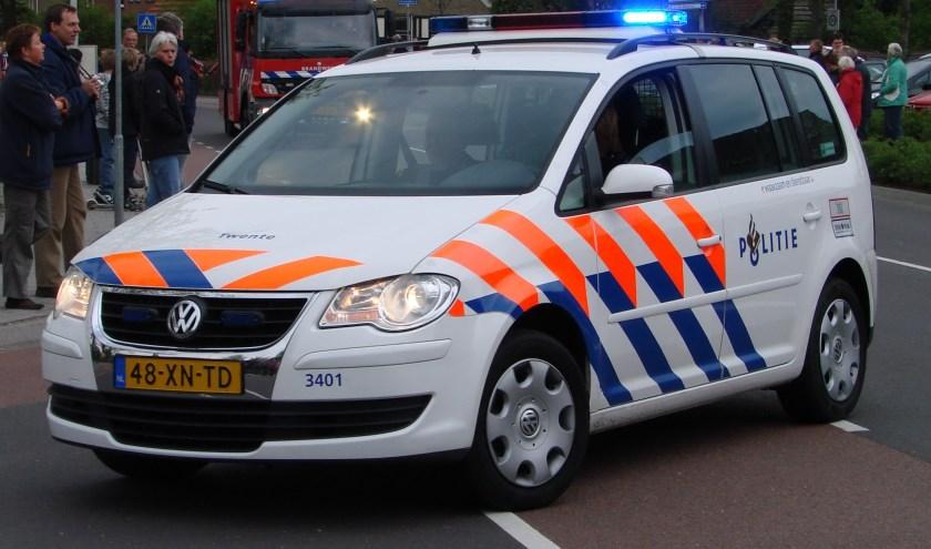 Politie geeft inbraakpreventietips op veiligheidsmarkt. Foto: Arco van der Lee
