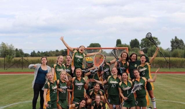 De dames van het Belgische lacrosse-team Ghent Gazelles zijn zondag op Rozenoord de gastvrouwen van de eerste landelijke competitiedag.