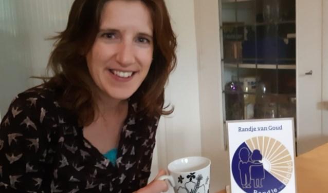 Rianne Hagelaars wil graag samen met haar stichting 'Randje van Goud' ouderen een bijzondere dag bezorgen