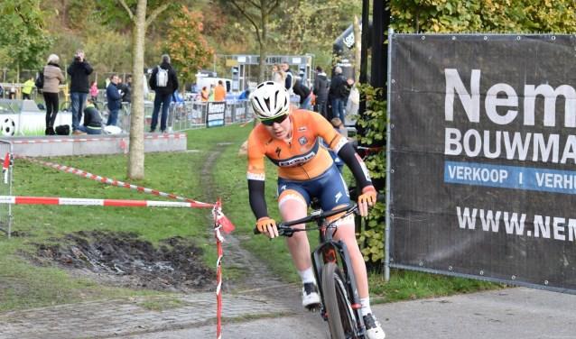 Anna van der Breggen in actie tijdens de vorige run-bike-run.