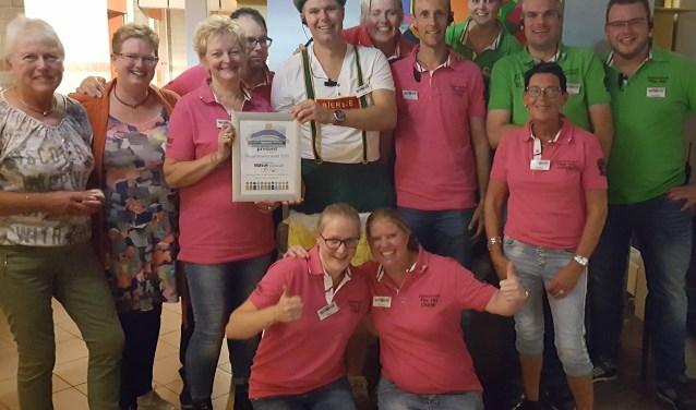 Daceclub The Hit ontving de achtste Bruggenbouwersaward van Present (Foto: PR)