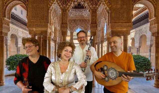 Alhambra Revisited neemt u mee op een virtuele reis naar het Moorse kasteel Alhambra.