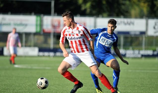 Voormalig Redichem speler Fabian Mösle heeft deze competitie vier keer gescoord. Zaterdag liet hij echter twee fraaie kansen liggen. (foto: gertbudding.nl)