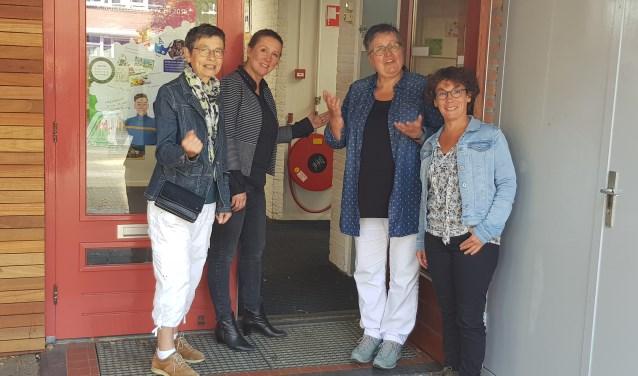 Lies Brouwer, Annemarie van den Berg, Helen Kornet en Barbara Finkensieper zetten op donderdag 1 november de deuren wijd open.