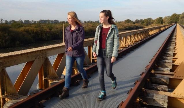 De werkzaamheden aan de Moerputtenbrug duren naar verwachting tot en met januari 2019. Tijdens de werkzaamheden blijft de Moerputtenbrug gewoon open voor wandelaars.
