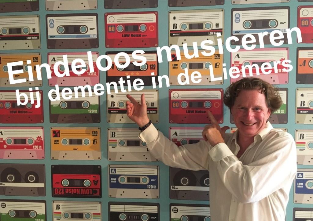 Ignar Rip de trainer van Eindeloos Musiceren bij dementie in de Liemers.