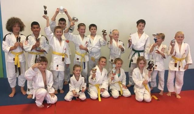 Bij het toernooi waren deelnemers van meerdere verenigingen aanwezig. Foto: judoschool Haagsma.