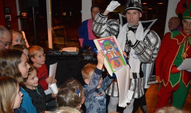 Om 20.11 uur maakt de stichting samen met de aanwezige kinderen het carnavalsprotocol van 2019 bekend.