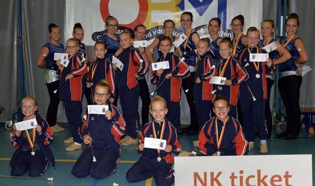 Liefst 19 majorettes van Juliana mogen naar het NK in Almere.