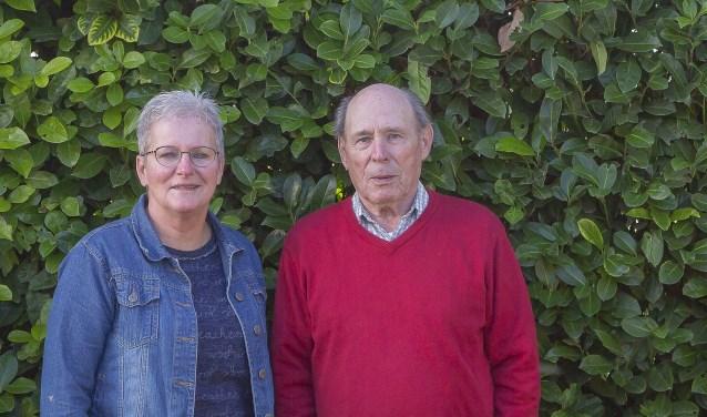 Twee van de initiatiefnemers voor deze bijeenkomsten met links Marijke Aaldering en rechts Gert Sommers. (foto: Wim Ham)