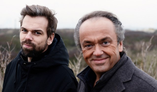 De Woerdense dirigent Martin Mans en zijn zoon Jos zoeken steeds vaker  de muzikale samenwerking.