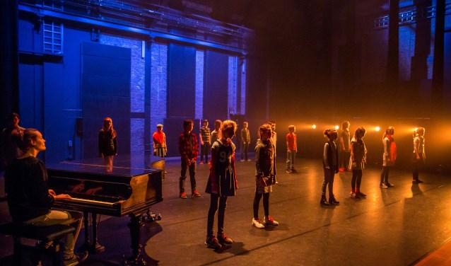 Scènefoto Theater Na de Dam Dordrecht 2017