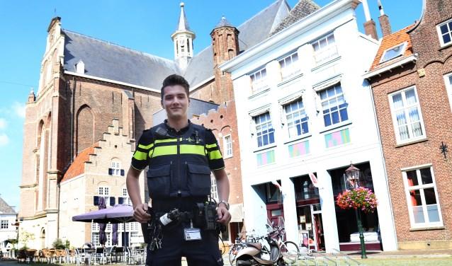 Glenn van Vonderen, politieagent in opleiding, is de coördinator van het project (foto Marco van den Broek).