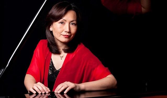 Mitsuko Saruwatari.
