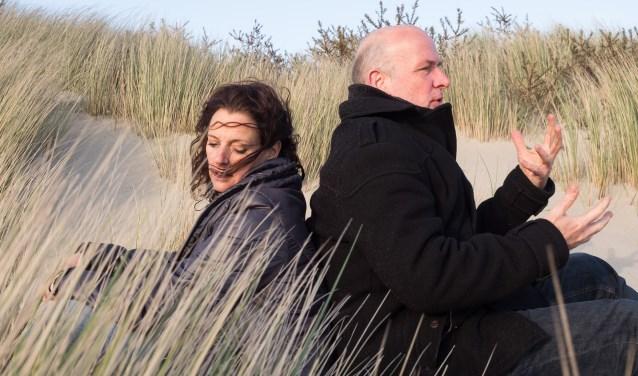 Het Middelburgs Theater speelt zondagmiddag 4 november de komedie 'BUIK' van de bekende columniste en schrijfster Aaf Brandt Corstius in Filmtheater fiZi in Zierikzee. FOTO: PR