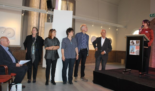 Exposanten tijdens de expositie in de Koppelkerk, Bredevoort.