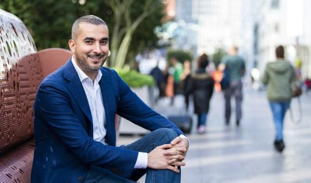 Mohamed el Mokaddem is programmadirecteur Taskforce 500+ (500 mensen extra per jaar uit de bijstand halen en aan een baan helpen)BSD frank.hitzert@denhaag.nl (Foto: Arnaud Roelofsz)