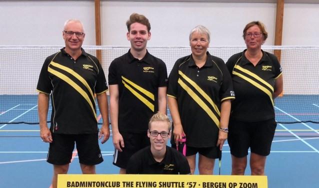 Team 2 met v.l.n.r. Wilfried Willemen, Federico Castaldo, Astrid Looij, Monique de Laet en op de voorgrond Lars Kruidenier. FOTO: PR