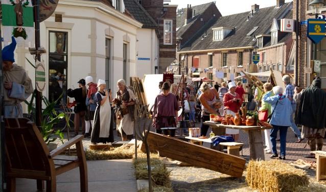 Rond Uit Hattem wil voor de organisatie van haar evenementen zelf vrijwilligers op gaan leiden.