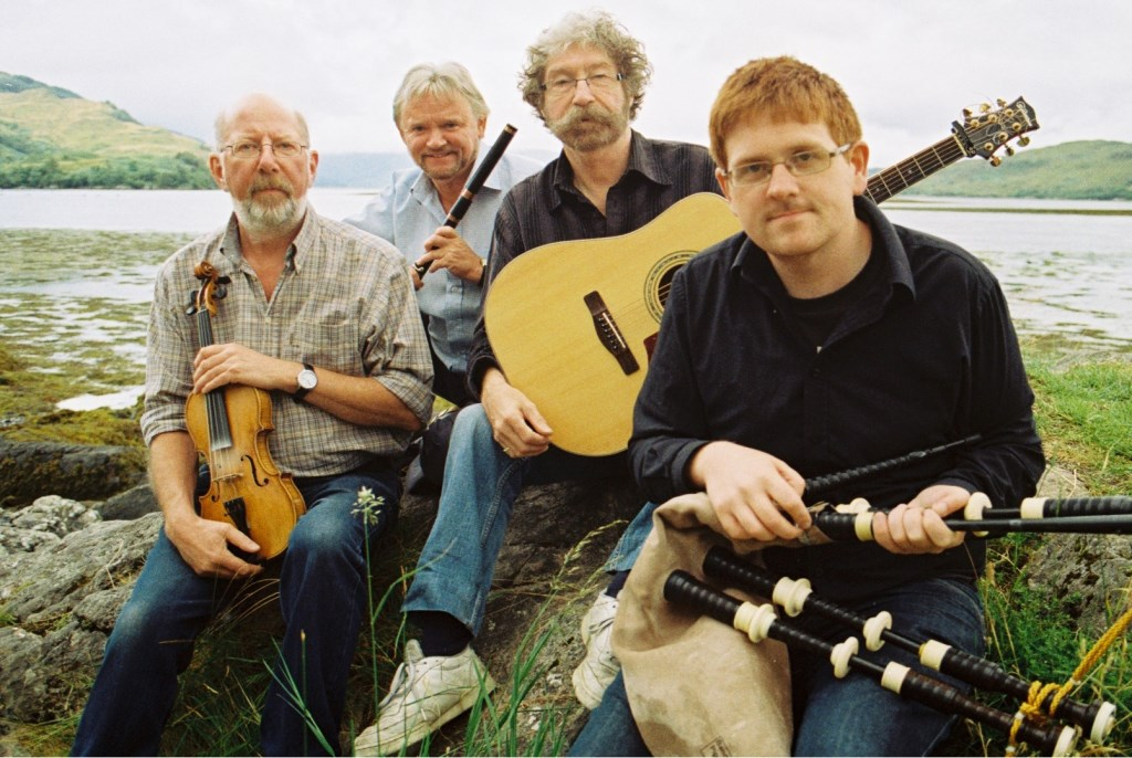 Tannahill Weavers.