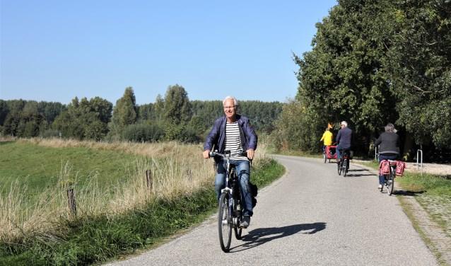 Het was prachtig fietsweer, dus tevreden gezichten tijdens de eerste editie van de Liever de Liemers Fietsronde van Rotary Zevenaar. (foto: PR)