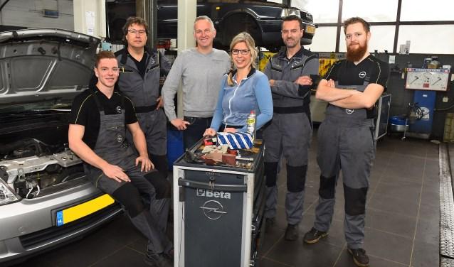Ondernemer van de week: Autoservice Huls. (foto: Roel Kleinpenning)