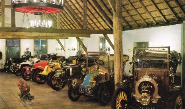De 'Anton Pieckzaal' is geruime tijd de belangrijkste expositieruimte van het automuseum geweest. Foto: Collectie HKK Onsenoort.
