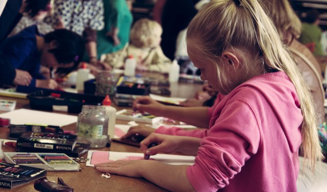 Kom meedoen met de JeugdKunstAcademie bij Kaliber Kunstenschool!