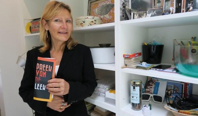 Johanna van der Werff opent binnenkort het zevende seizoen van de Preek van de Leek in Amersfoort.