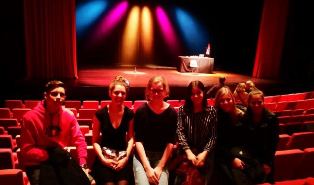 De winnaars kregen een heerlijke avond in Theater Het Kruispunt (Foto: PR)