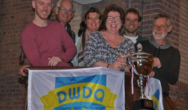 De organisatie van DWDQ met van links naar rechts Niels van Strien, Jan Boons, Leonie Kamp, Rita van Strien, Rob Snels en Kees van Dongen.