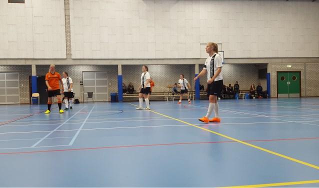 Bristol zorgde in fases met goed combinatie voetbal voor snelle openingen in de verdedigingen van HBSS.
