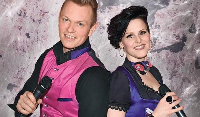 Rita und Andreas zorgen in De Lutte voor een gezellige en bovenal muzikale kerst.