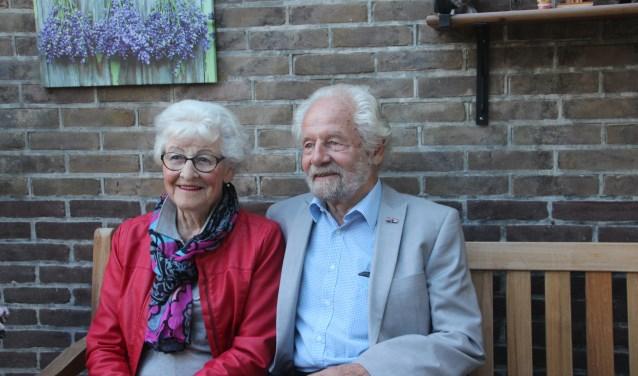 Het echtpaar Hoekstra heeft in de loop der jaren veel rond gereisd met de caravan. Voor november staat er nog een weekend weg samen met alle kinderen en klein- en achterkleinkinderen op het programma.