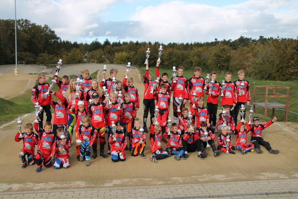 Bekerwinnaars eindklassement FCV het Twentse Ros Foto: Tim Grobben © Persgroep