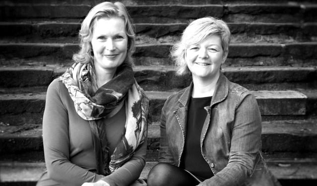 Coaches en trainers Ginette Veldman (links) en Marijke Willems  vormen Zinn. Ze geven de workshop 'Van zooi naar zin'.