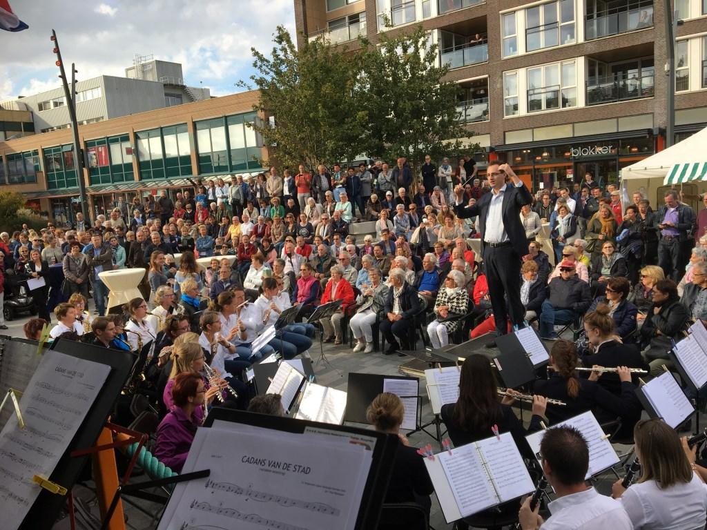 Thomas Bruijns van Muziekvereniging de Gildezonen met Cadans van de Stad. Foto: All4Harmonie © Persgroep