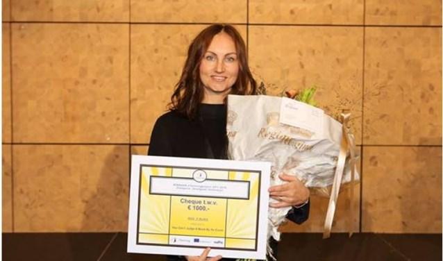 RSG 't Rijks ontving de eTwinning-prijs, en de bijbehorende 1.000 euro, tijdens de conferentie 'Samenwerken met 'n school in het Buitenland'.
