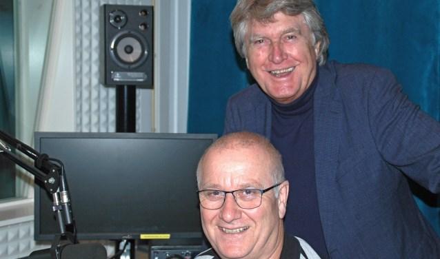 Hoofd techniek Jan Verbiesen (l) en voorzitter Ton van Rhoon