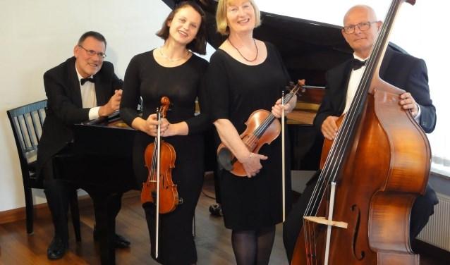 Het Ambiance Ensemble brengt sfeervolle, afwisselende muziek uit vele landen, culturen en stijlen. Eigen foto