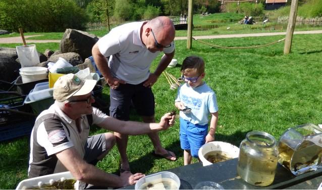 Tijdens de Scharrelkids Doedag ontdekken kinderen van alles over de natuur.