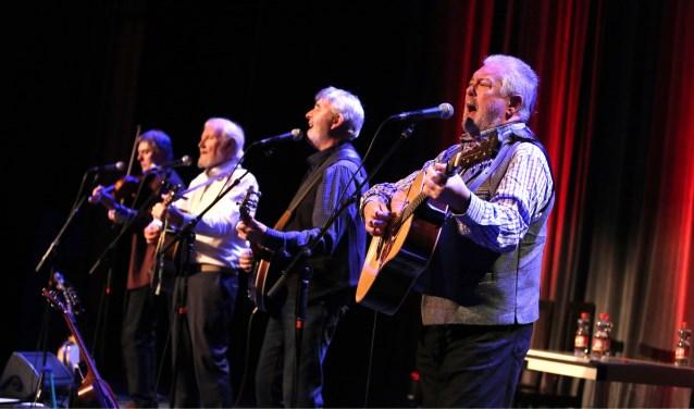 De band treedt op in Papendrecht. (Foto: Privé)