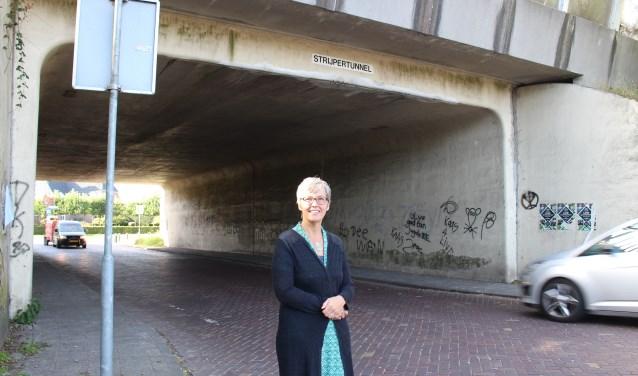 "Ingeborg van Meggelen:""Veel mensen vinden het tunneltje nu eng, lelijk, donker en rommelig."""